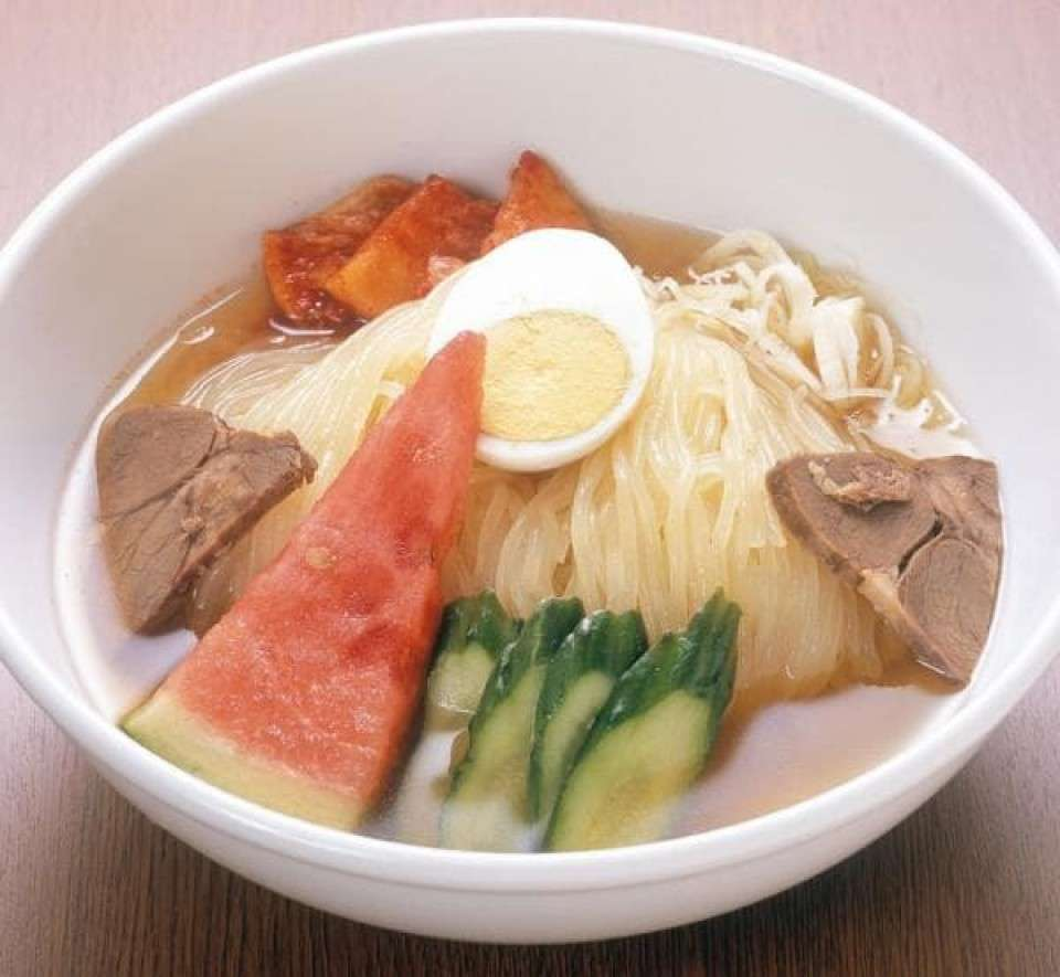 岩手県の名物「盛岡冷麺」