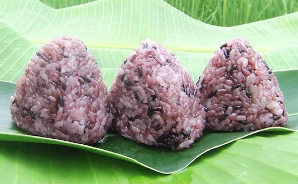 沖縄県の名物「大浜農園の黒紫米」