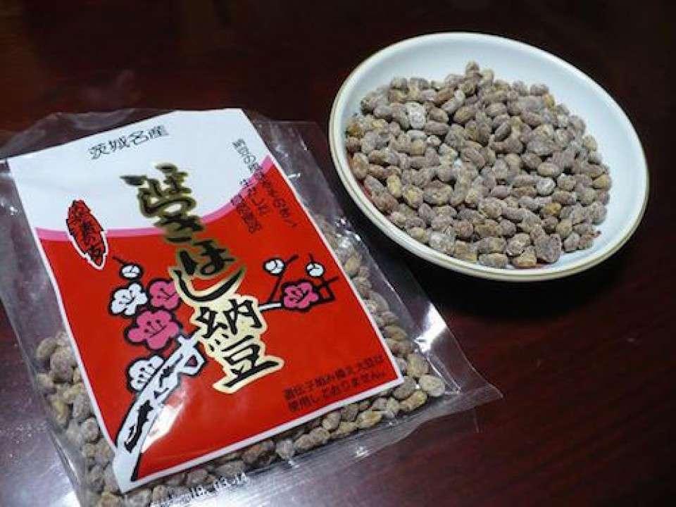 茨城県の名物「干し納豆」