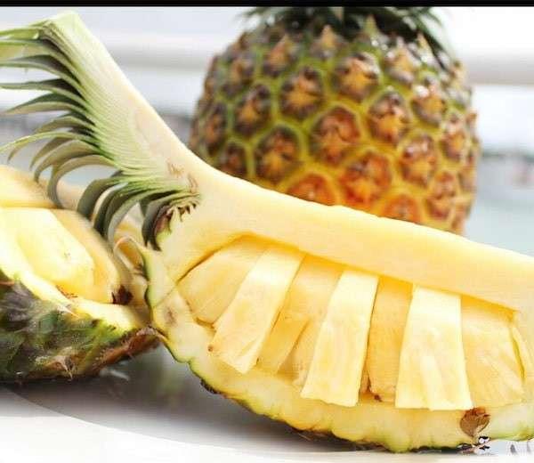沖縄県の名物「沖縄産パイナップル」