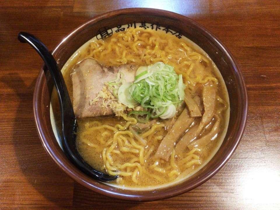 【さっぽろ雪まつり】おすすめの食べ物『味噌ラーメン』画像